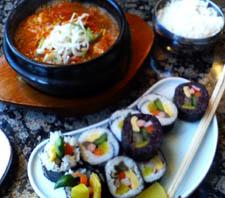 ビバ・韓国料理 またキムパ食べた